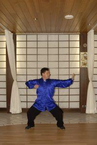 Qigong: Eine acht Brokate-Übung