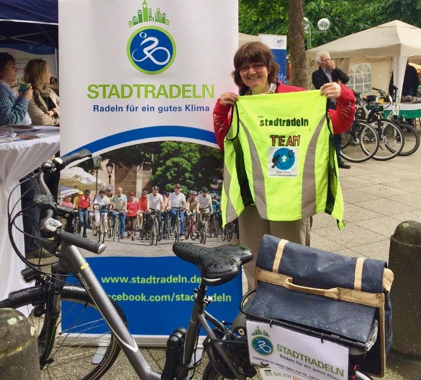 Wahltarif Bonus fit der AOK: Mit Fahrradfahren Punkte sammeln und Geld sparen