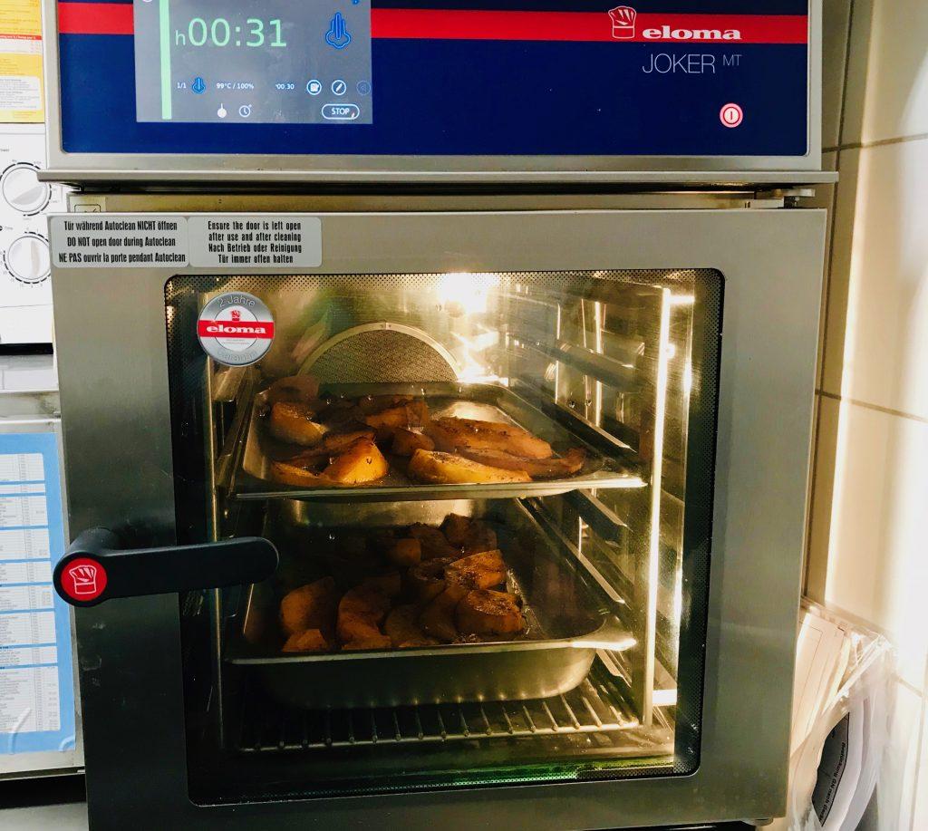 Hildegard von Bingen: brutzelnder Kürbis im Ofen